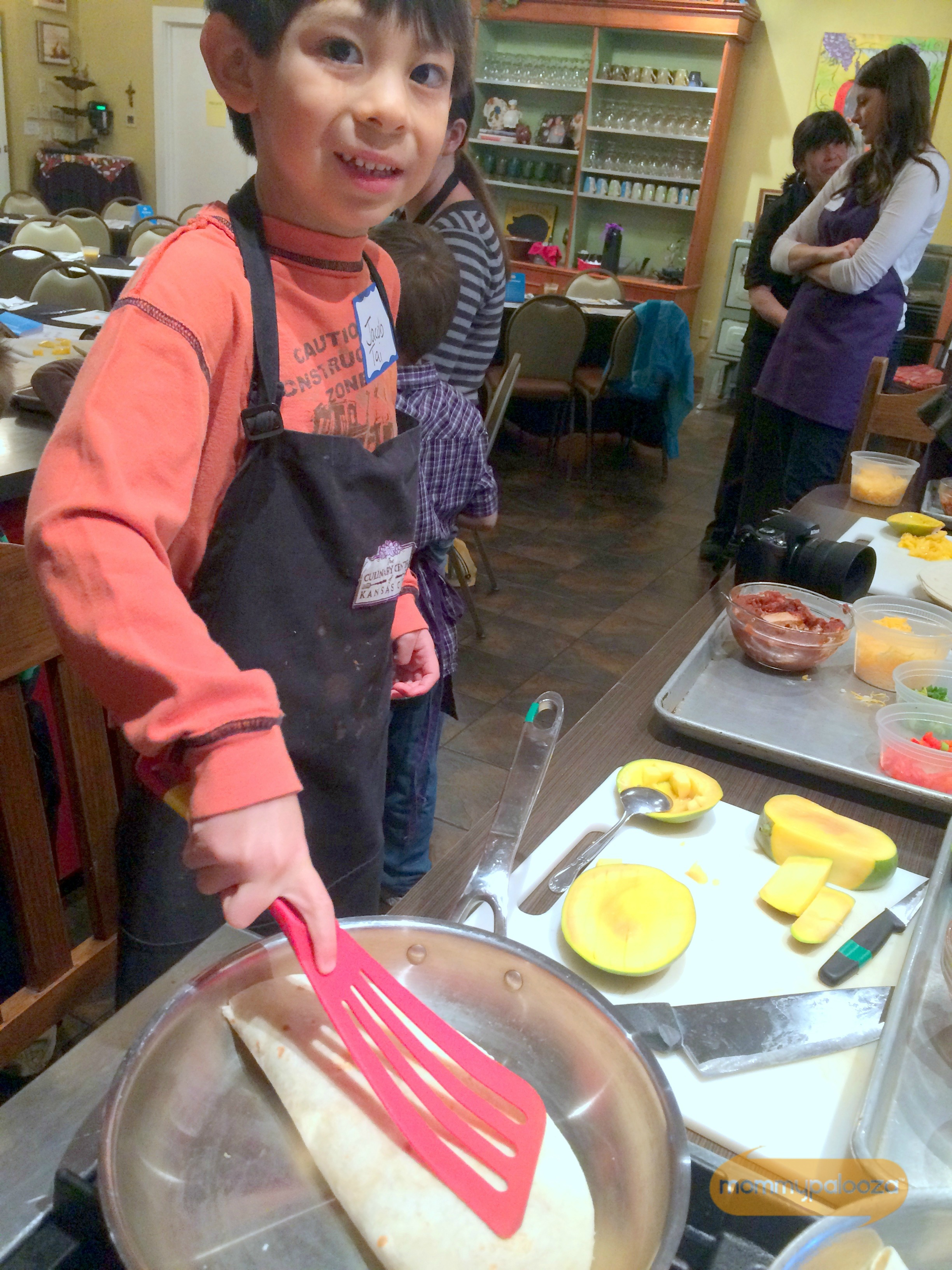 Cooking with Mangos | Kid Friendly Recipes and Tips #MakeItMango